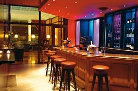 vins et accords gourmands pour 2 au hannong bar. Black Bedroom Furniture Sets. Home Design Ideas