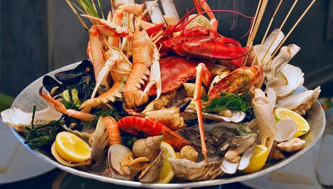 Un plateau de fruits de mer - Decoration plateau fruit de mer ...